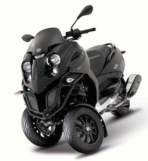 Rouler Avec Un Scooter Ou Moto A 3 Roues Categorie L5e