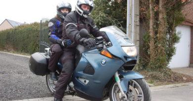 signes en moto motard