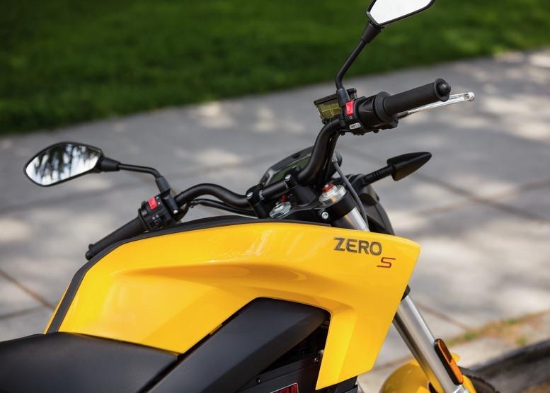 Moto électrique sans permis B