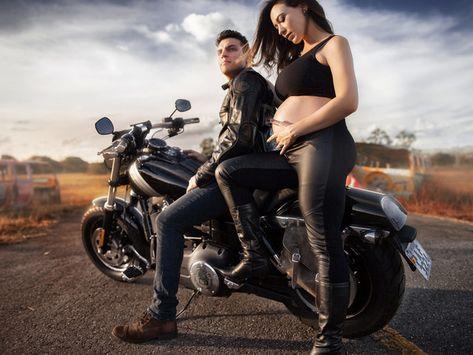 Peut-on rouler en moto enceinte ?